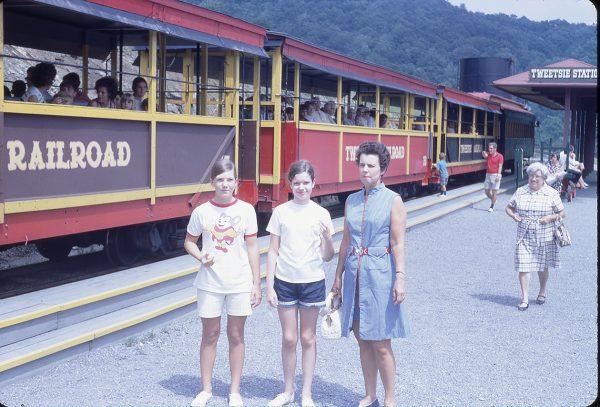 7-71 Tweetsie Railroad station and tourists