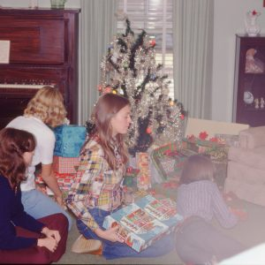 12-26-74 family opening Christmas presents